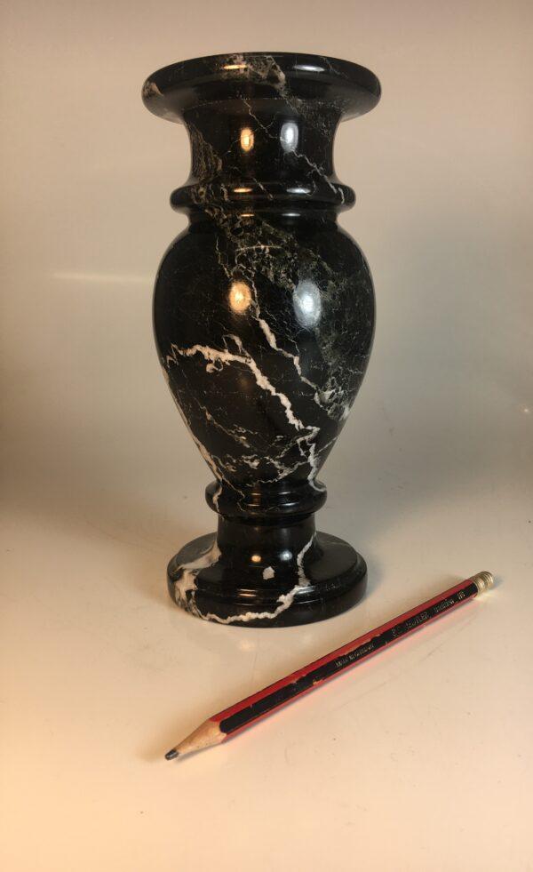 black onyx vase 32.95